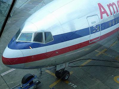 AA169 777-222ER LAX-NRT