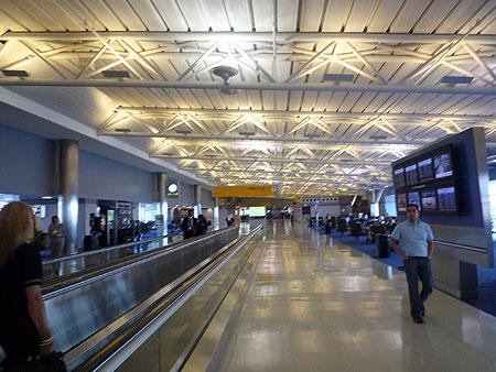 JFK Terminal8 Cコンコース