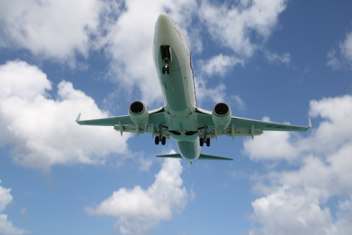 Caribbean Airlines Boeing737-8Q8  MahoBeach