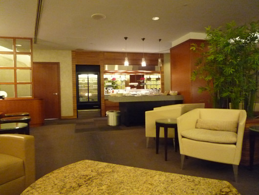 Chicago O'hare JAL FirstClass Lounge