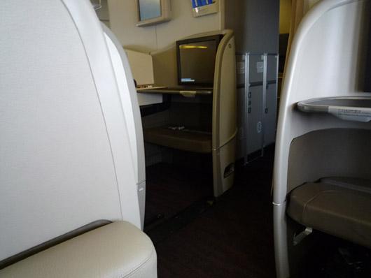 JAL FirstClass (JAL SUITE) ORD-NRT JAL009