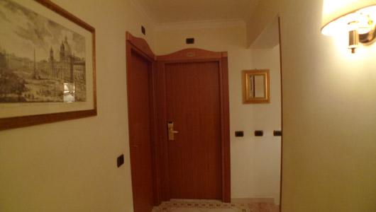 Hotel DomusPraetoria (ROMA)