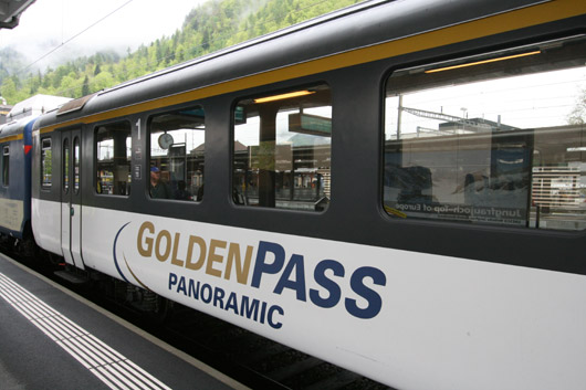BLS GoldenPass Zweisimmen-InterlakenOst
