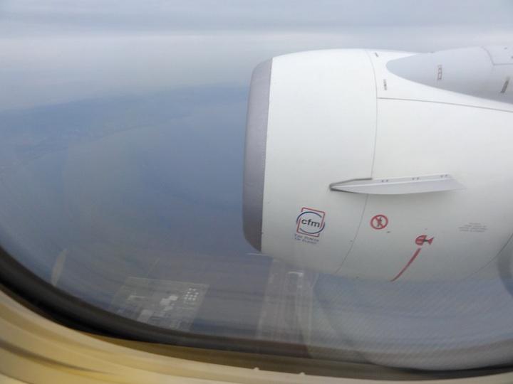 UA186 KIX-HND