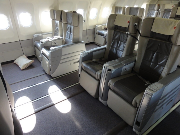 RJ A340