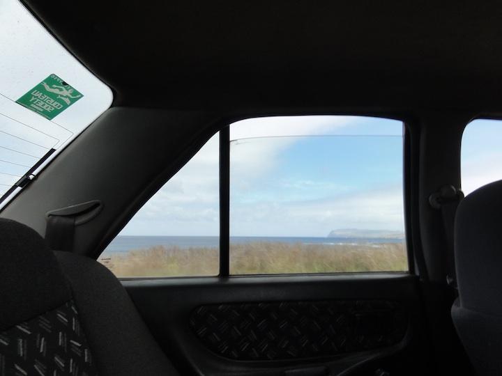 世界一周4日目タクシーでイースター島一周・後篇「アフ・トンガリキ」