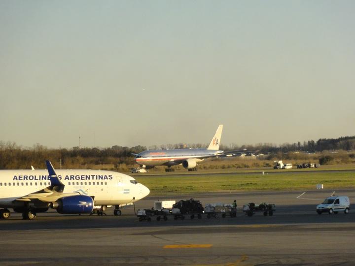 世界一周10日目アルゼンチン・ブエノスアイレス・エセイサ国際空港「AAアドミラルズクラブ」