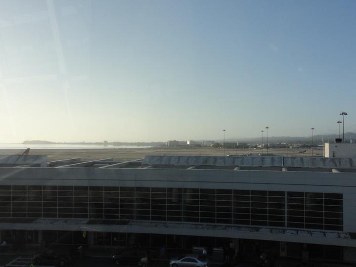 世界一周15日目サンフランシスコ国際空港「AAアドミラルズクラブ」