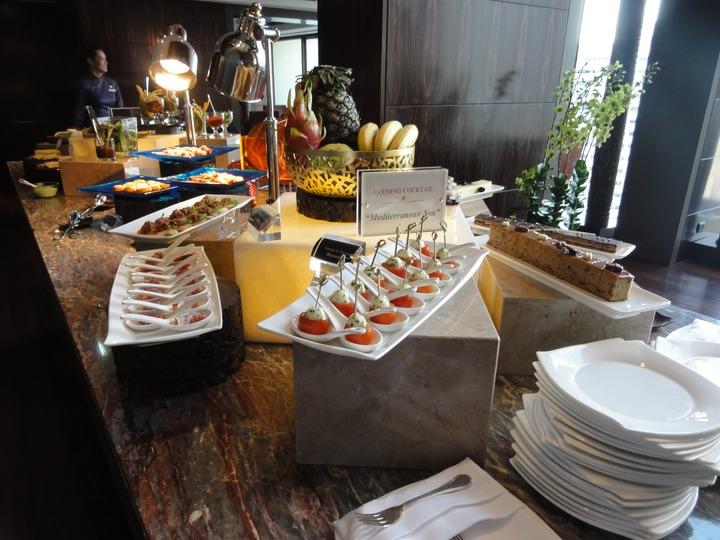 Mandarin oriental singapore club lounge
