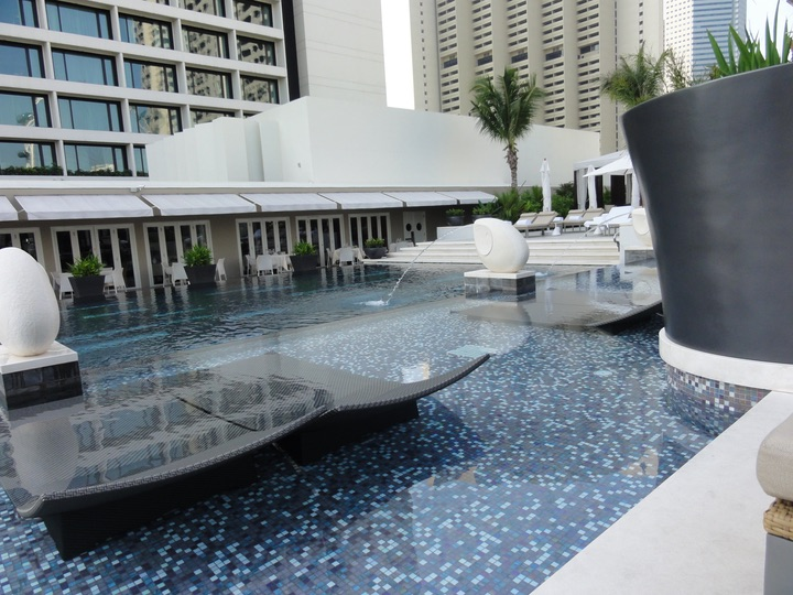 Mandarin Oriental Singapore Pool